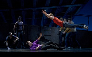 BWW Reviews: WEST SIDE STORY at the Paramount