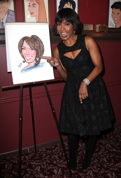 Photo Coverage: Samuel L. Jackson and Angela Bassett Unveil Sardi's Portraits!