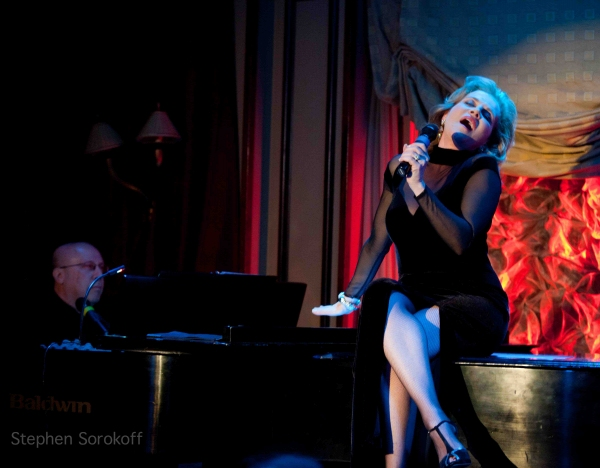 Photo Coverage: Anna Bergman Brings YOU AND THE NIGHT AND THE MUSIC to Feinstein's