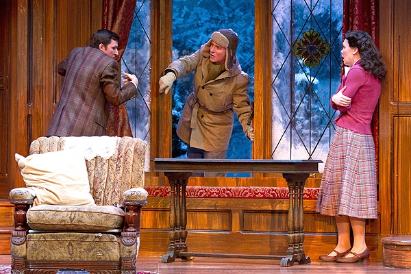 Dan Hodge, Harry Smith and Jennie Eisenhower at Photo Preview: THE MOUSETRAP At Walnut Street Theater