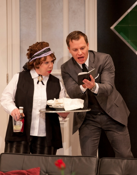 Photo Flash: First Look at Denny Dillon, Claire Brownell in Hartford Stage's BOEING-BOEING