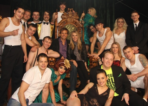 Casper Van Dien, Catherine Oxenberg and the cast of ABSINTHE Photo