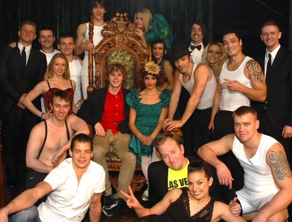 Evan Peters and the cast of ABSINTHE Photo