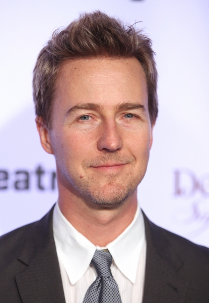 Edward Norton at Signature Theatre Honors Edward Norton & Unveils New Signature Center!