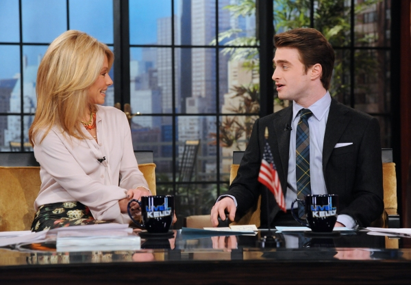 LIVE WITH KELLY - Daniel Radcliffe is Kelly's co-host on LIVE WITH KELLY, 1/31/12, airing in more than 200 markets across the country and distributed by Disney-ABC Domestic Television. (Disney-ABC Domestic TV/David Steele)KELLY RIPA, DANIEL RADCLIFFE