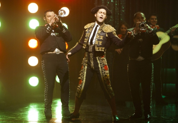 Photos and Audio: Tonight on GLEE- Ricky Martin, LMFAO, and More!