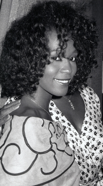 Whitney Houston reveives the United Negro College Fund Award in New York City. July 1988.