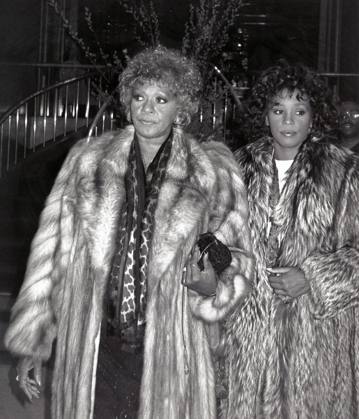 Whitney Houston with her mom Cissy Houston leaving the Parker Neridan Hotel in New York City. 1989
