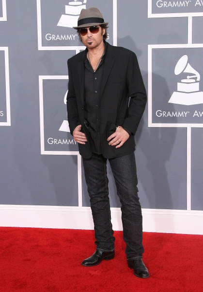 Billy Ray Cyrus at 2012 Grammy Awards- Red Carpet Coverage!