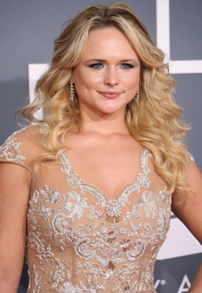 Miranda Lambert at 2012 Grammy Awards- Red Carpet Coverage!