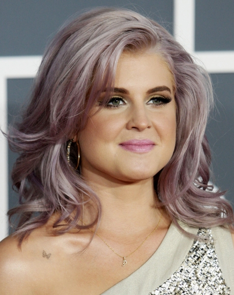 Kelly Osbourne  at Red Carpet Fashions from the 2012 Grammys!