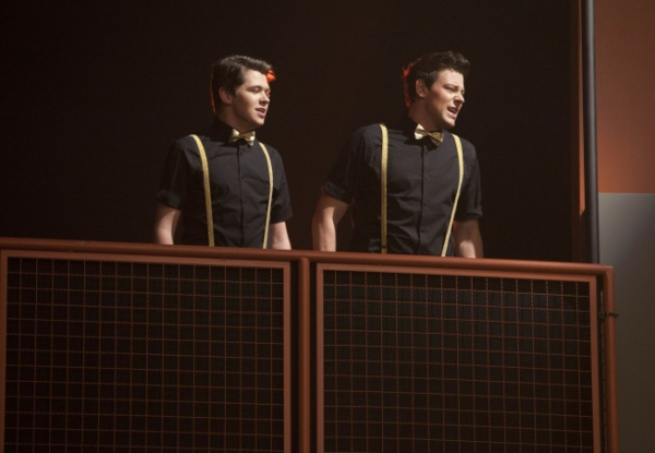 Photo Flash: Sneak Peek - GLEE's Winter Finale, 'On My Way!'