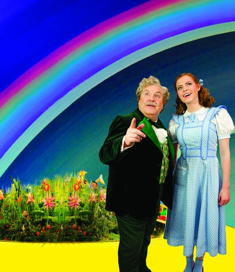 Photo Flash: First Look at Sophie Evans, Russell Grant in THE WIZARD OF OZ