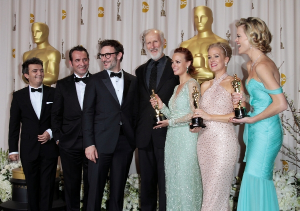 Producer Thomas Langmann, actor Jean Dujardin, director Michel Hazanavicius, actors James Cromwell, Berenice Bejo and Penelope Ann Miller and Missi Pyle