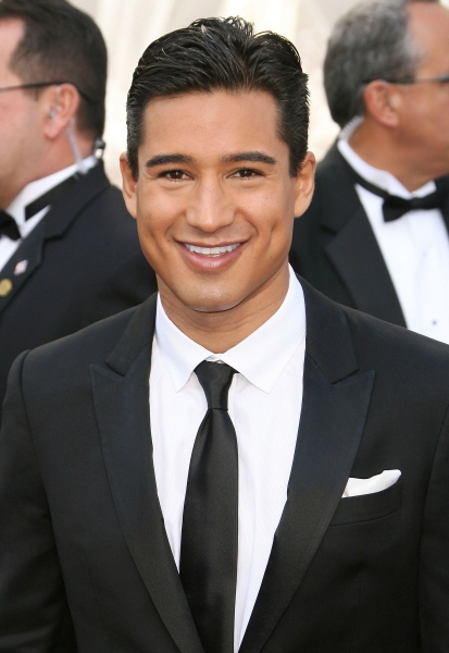 Mario Lopez at 2012 Academy Awards - Red Carpet Part 1