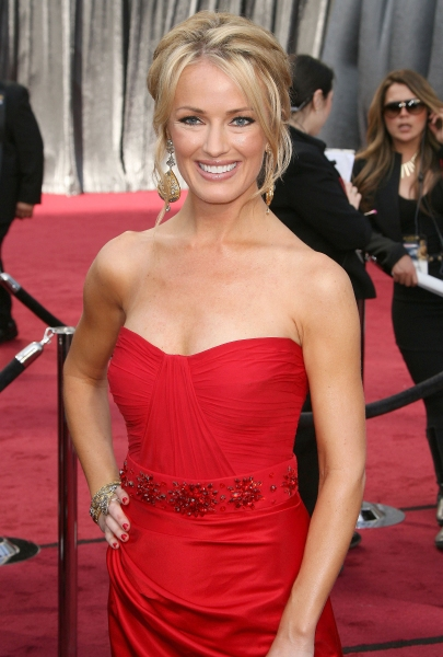 Brooke Anderson at 2012 Academy Awards - Red Carpet Part 1