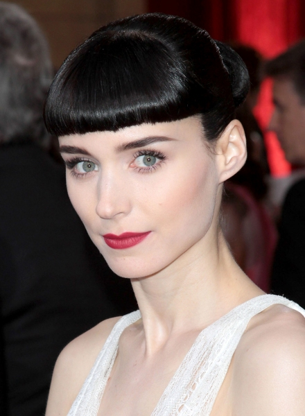Rooney Mara at 2012 Academy Awards - Red Carpet Part 1