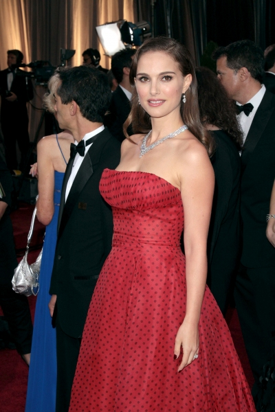 Natalie Portman at 2012 Academy Awards - Red Carpet Part 1