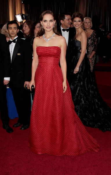 Natalie Portman at 2012 Academy Awards - Red Carpet Part 2