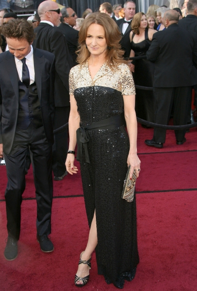 Melissa Leo at 2012 Academy Awards - Red Carpet Part 2