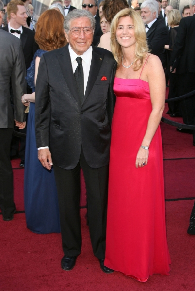 Tony Bennett at 2012 Academy Awards - Red Carpet Part 2
