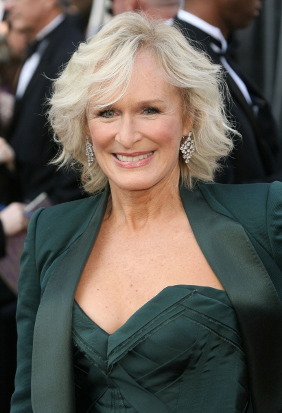 Glenn Close at 2012 Academy Awards - Red Carpet Part 2