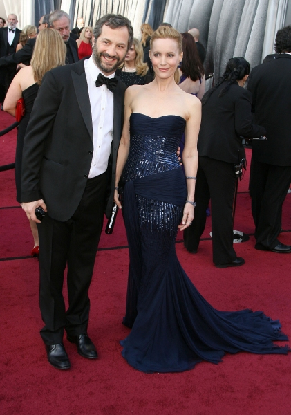 Judd Apatow, Leslie Mann at 2012 Academy Awards - Red Carpet Part 2