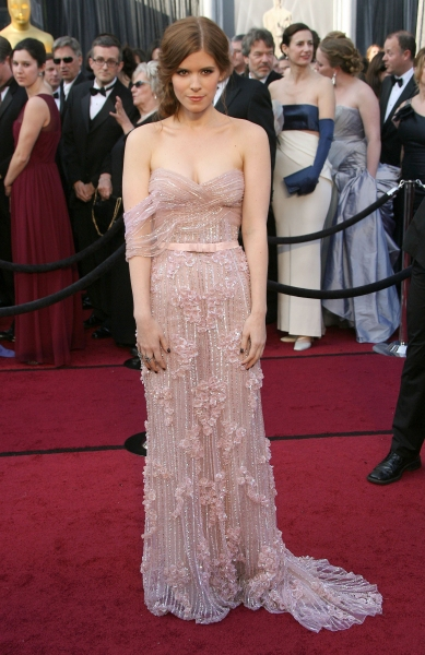 Kate Mara at 2012 Academy Awards - Red Carpet Part 2