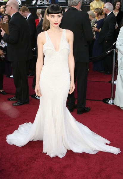 Rooney Mara at 2012 Academy Awards - Red Carpet Part 2