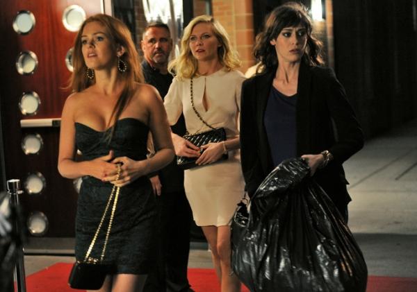 Isla Fisher, Kirsten Dunst and Lizzy Caplan