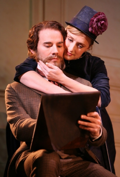 Daniel Evans and Jenna Russell in 'Sunday in the Park with George'