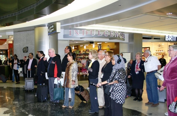 Photo Flash: Florida Grand Opera's Flash Mob at Miami Airport