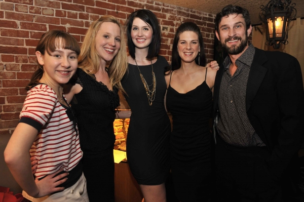 Melody Hollis, Jane Noseworthy,Lauren Leigh Barker, Shannon Warne, Damon Kirsche