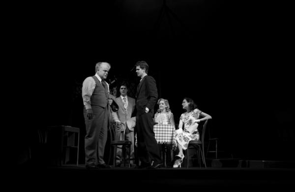 Philip Seymour Hoffman, Finn Wittrock, Andrew Garfield, Elizabeth Morton, and Stephanie Janssen