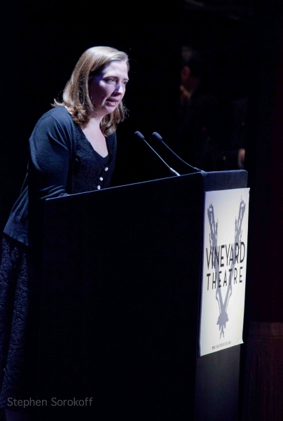 Photo Coverage: Debra Messing, Marlo Thomas & More Honor Linda Lavin at Vineyard Theatre