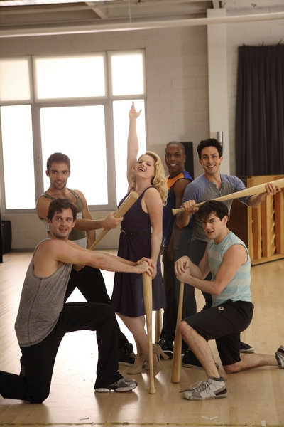"SMASH -- ""The Workshop"" Episode 107 -- Pictured: (Clockwise from bottom left) Keith Kuhl and Manuel Santos as ensemble dancers, Megan Hilty as Ivy Lynn, Leslie Odom Jr. as Sam Strickland, Phillip Spaeth as Dennis, Wesley Taylor as Bobby -- (Photo by: Eric"