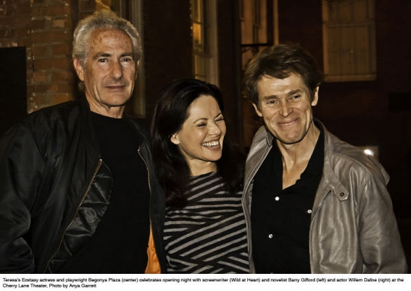 Begonya Plaza with Barry Gifford  and  Willem Dafoe Photo