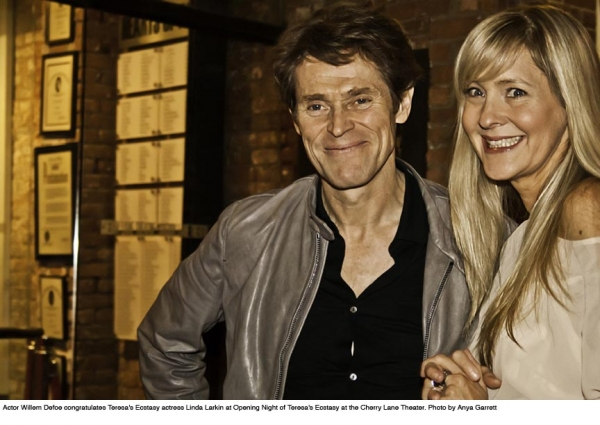 Willem Defoe and Linda Larkin