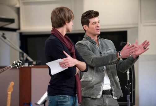 Nathan Parrett & Robin Thicke at First Look - Alanis Morissette Mentors on NBC's THE VOICE, 3/19