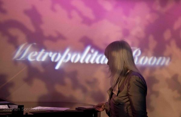 Photo Coverage: Mo Rocca, Karen Mason, Lisa Lampanelli et al. Join Jamie deRoy & Friends at the Metropolitan Room