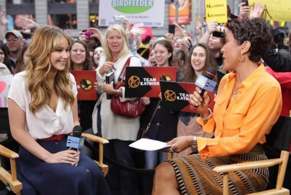 Photo Flash: THE HUNGER GAMES Jennifer Lawrence on 'Good Morning America'