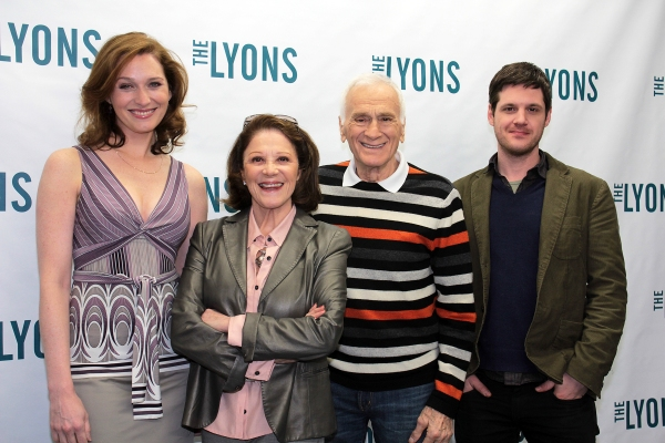 Kate Jennings Grant, Linda Lavin, Dick Latessa, Michael Esper  Photo