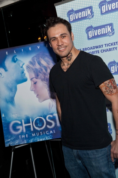 Photo Coverage: Givenik Teams with GHOST for Post-Show Benefit!