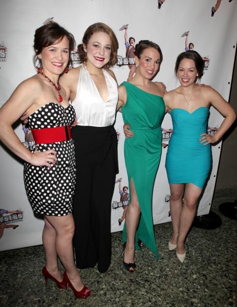 Caitlyn Caughell,Julie Foldesi, Kara Lindsay, Laurie Veldheer