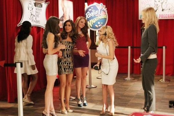 Photo Flash: Sneak Peek - GCB 'Sex is Divine' Episode, 4/8