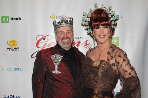 Photo Flash: Night of 1000 Gowns Red Carpet!