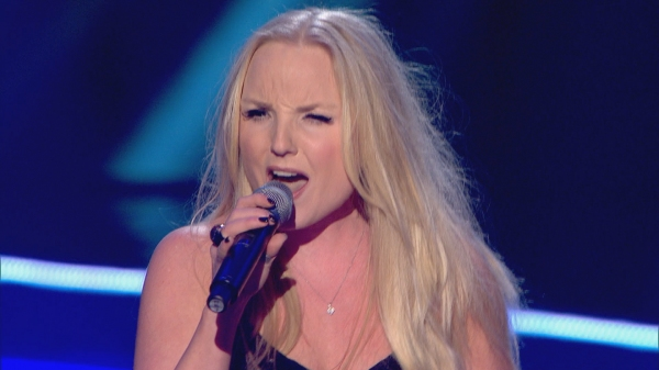 Kerry Ellis at Kerry Ellis and Deniece Pearson On THE VOICE!