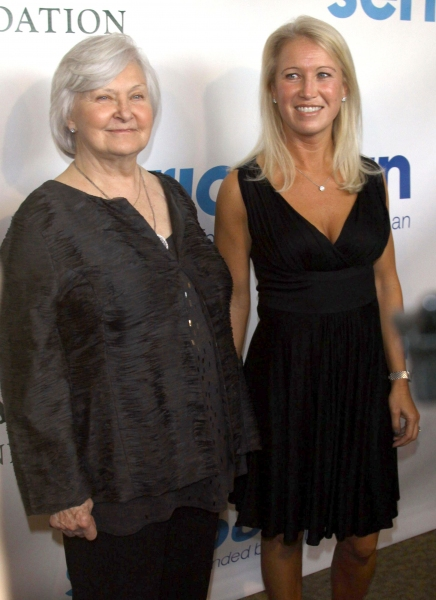 Joanne Woodward and Claire Newman Photo