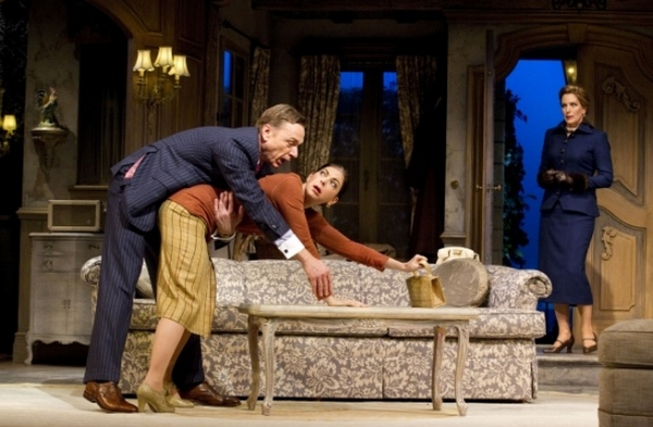 Photo Flash: First Look at Roundabout's DON'T DRESS FOR DINNER in Performance!