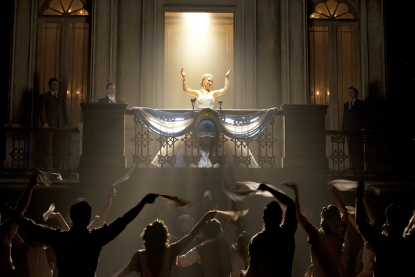 BWW Flashback: EVITA Dances Final Tango on Broadway